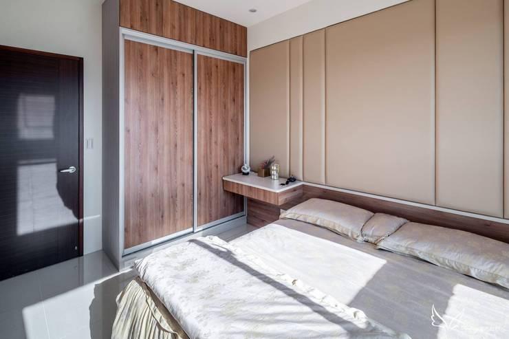 - Scandinavian style bedroom by Feeling 室內設計 Scandinavian