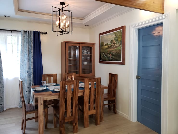 Cozy Cottage:  Dining room by Geraldine Oliva,