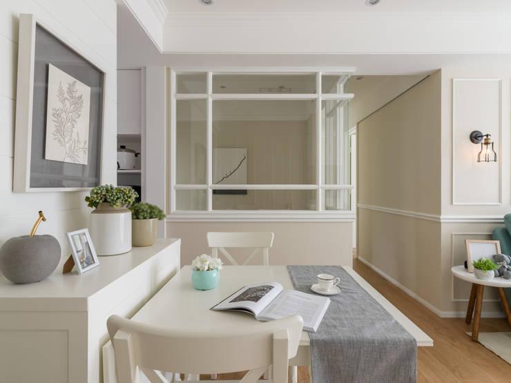 Salle à manger de style  par 存果空間設計有限公司, Colonial