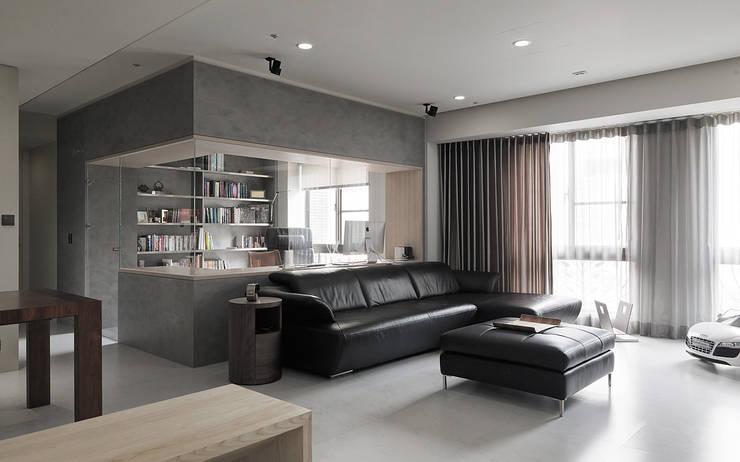 Projekty,  Salon zaprojektowane przez 形構設計 Morpho-Design, Nowoczesny