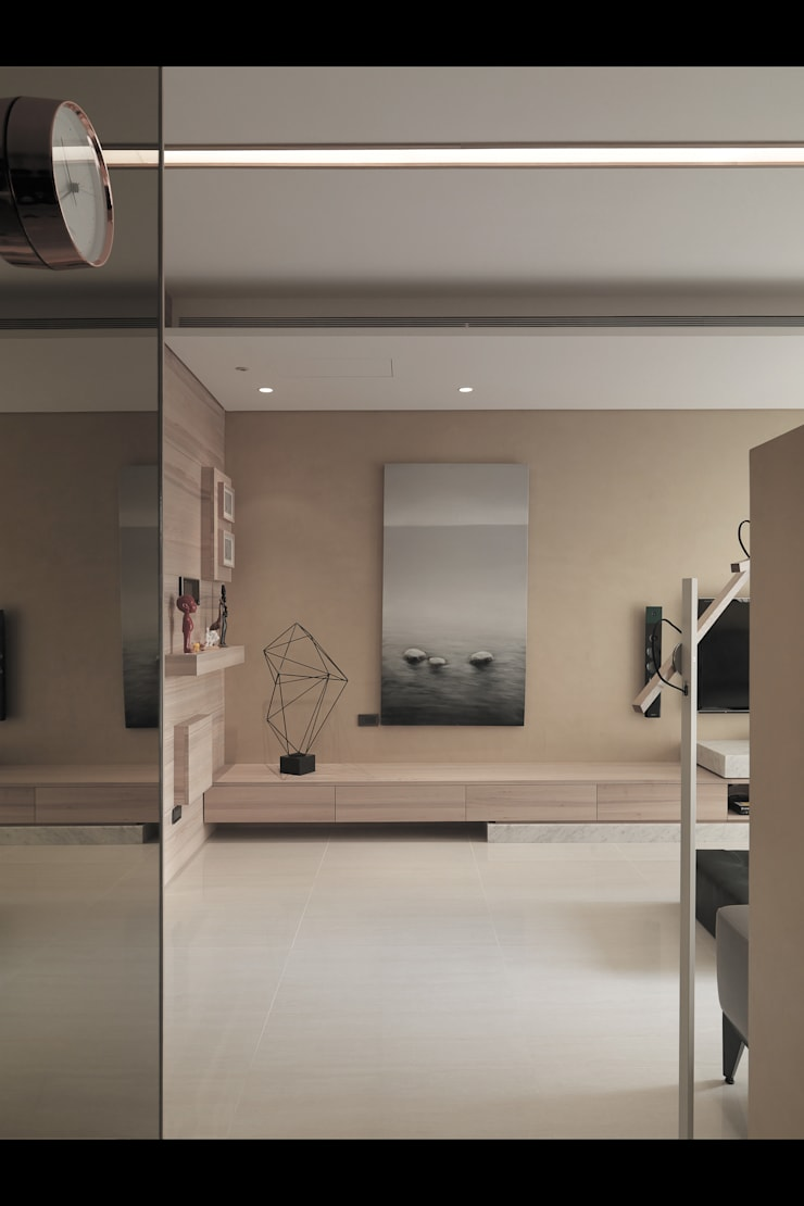 Walls by 形構設計 Morpho-Design, Modern