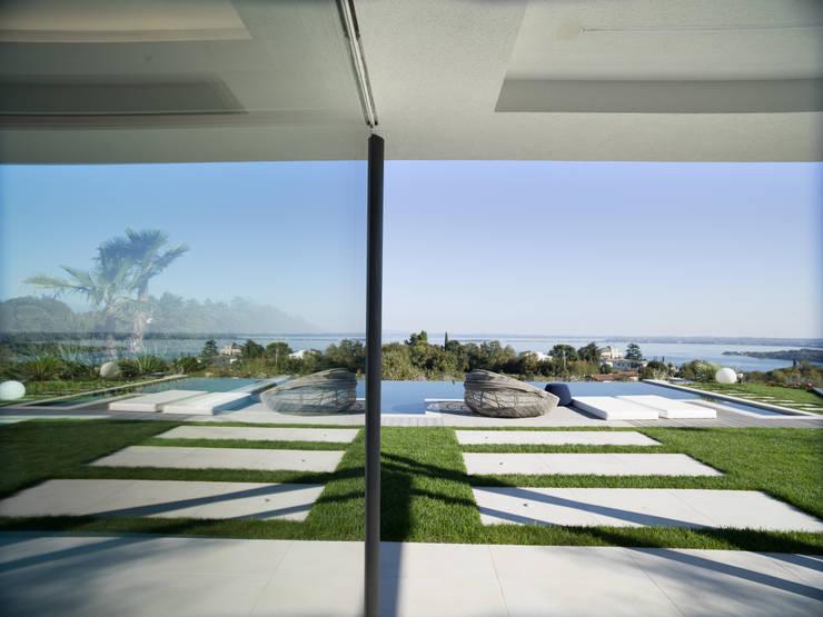 Glass doors by Ercole Srl, Minimalist Glass