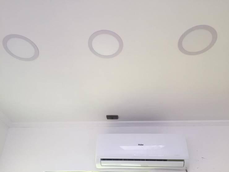 Dach von Estudio Arquitectura y construccion PR/ Arquitectura, Construccion y Diseño de interiores / Santiago, Rancagua y Viña del mar, Modern