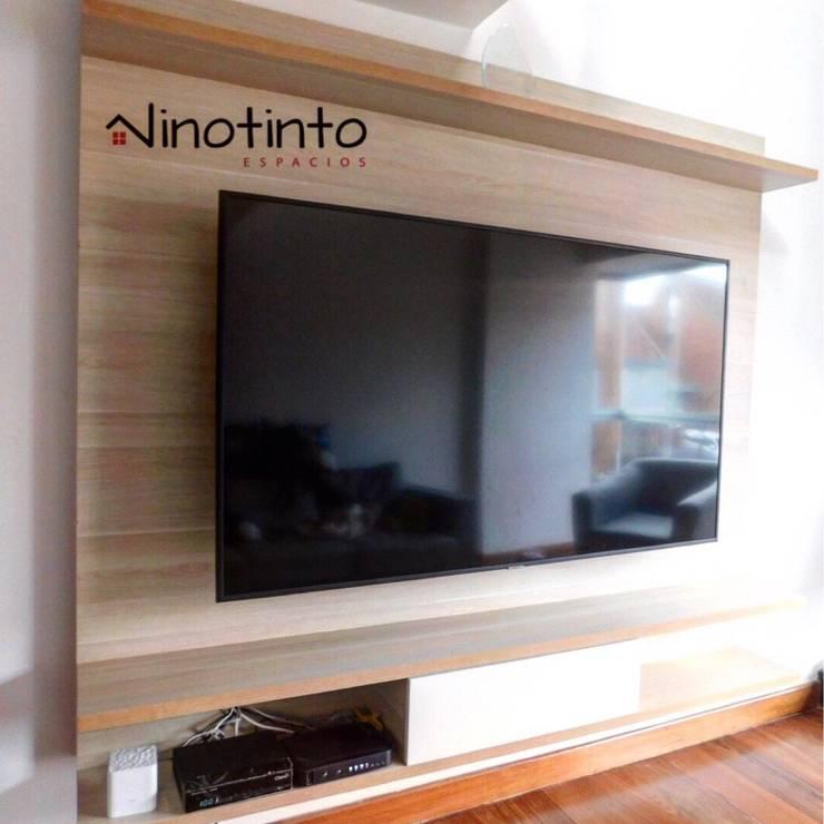 modern  by Vinotinto Espacios Bogota, Modern