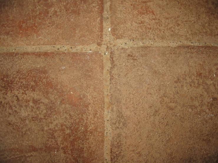 Walls & flooring by ARTE DELL' ABITARE