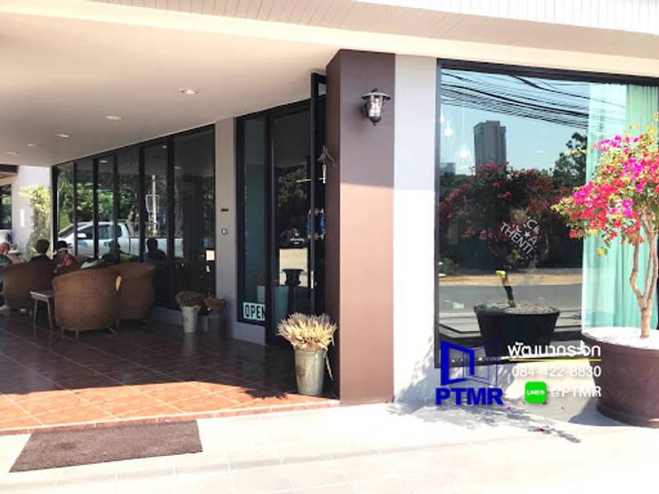 ชุดกระจกอลูมิเนียม ร้านกาแฟ ดีไซน์สวย ฟังค์ชั่นครบการใช้งานครับ:   โดย พัฒนากระจก พัทยา Pattana Mirror,