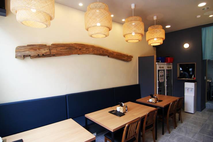 초밥 일식집 - 소담 포인트월: IDA - 아이엘아이 디자인 아틀리에의  레스토랑,