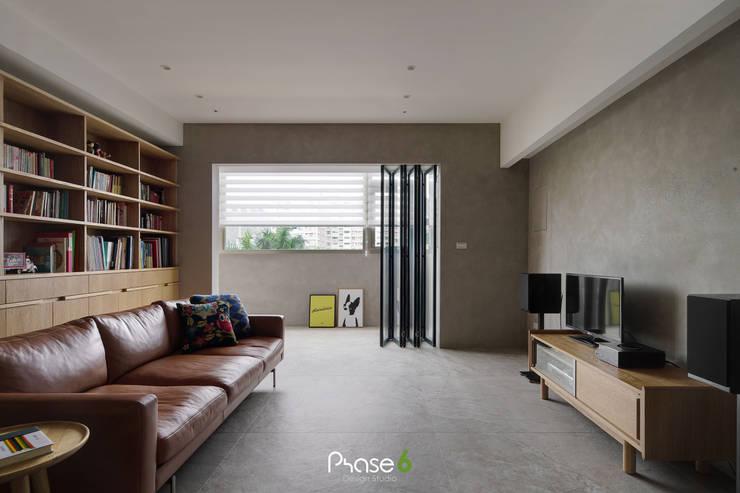 Apartment  W:  陽台 by 六相設計 Phase6,