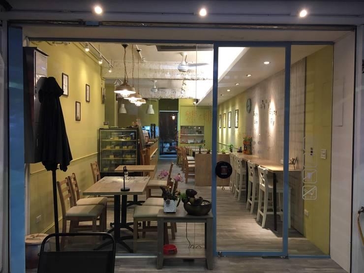 淡水想啡咖啡廳:  餐廳 by 捷士空間設計(省錢裝潢),