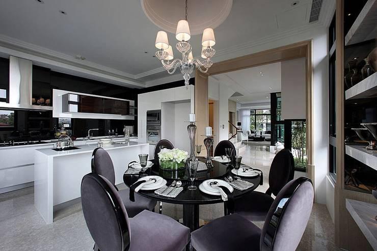 餐廳 Classic style dining room by 大桓設計顧問有限公司 Classic