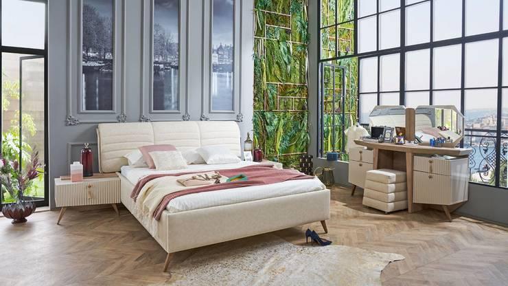 اذا كنتي تبحثي عن الملكيه والتميز عليكي باختيار غرفه النوم الملكه : كلاسيكي  تنفيذ اثاث مصر , كلاسيكي