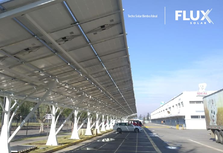 Estacionamientos Ideal de Flux Solar SpA Industrial