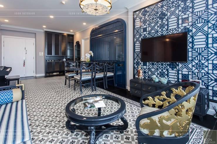 Phong cách Đông Dương trong căn hộ 3 phòng ngủ Saigon Pearl:  Phòng khách by ICON INTERIOR,