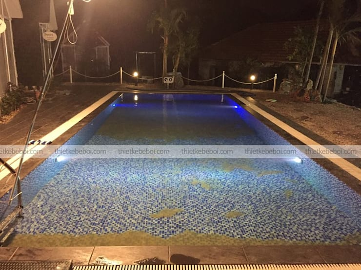 Bể bơi gia đình Anh Công – Resort Ninh Bình:  Bể bơi by Ninh Bư,