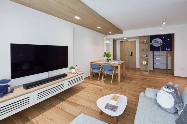 Telok Blangah—4RM HDB BTO Scandinavian style living room by The Interior Lab Scandinavian
