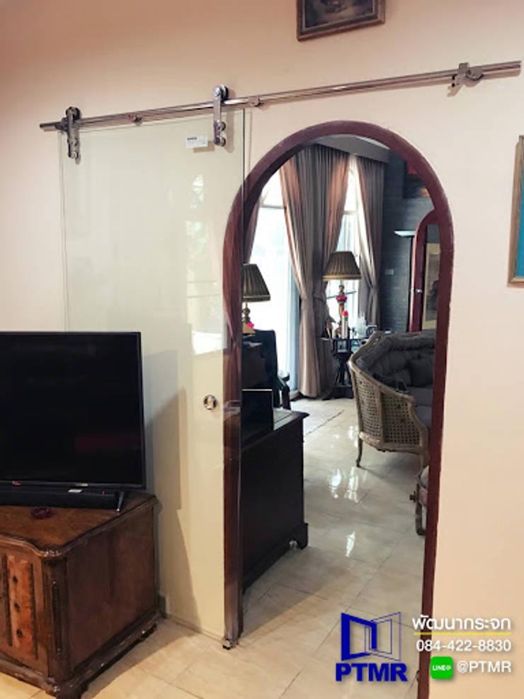 กั้นบานกระจก เปลือย เท่ห์ๆ ในบ้าน:   โดย พัฒนากระจก พัทยา Pattana Mirror,