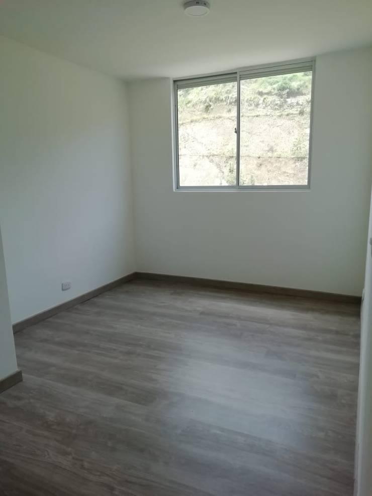 Habitacion. PROYECTOS HOME!!!: Habitaciones pequeñas de estilo  por HOME ARQ,