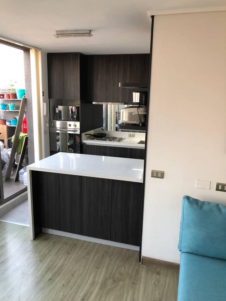 Muebles de cocinas de estilo  por balConcept SpA , Minimalista Cuarzo