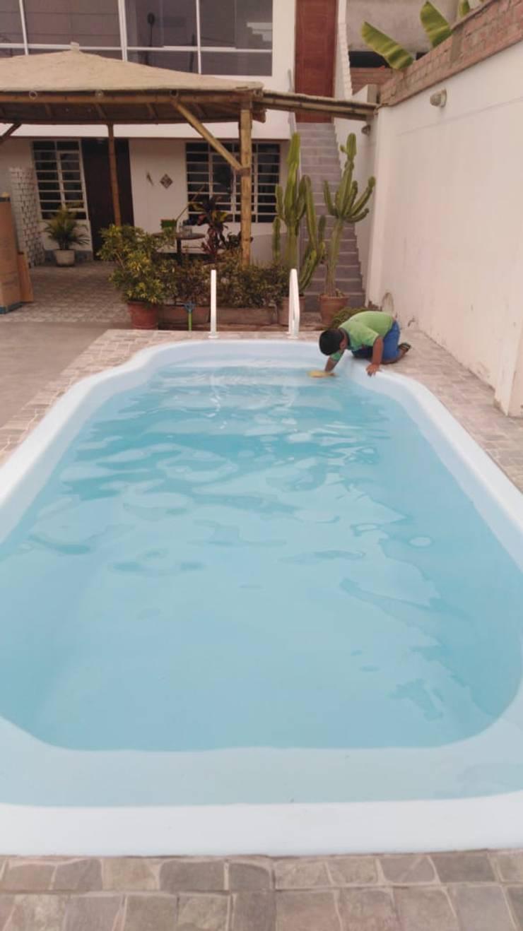 Limpiando:  de estilo  por Pool Solei,