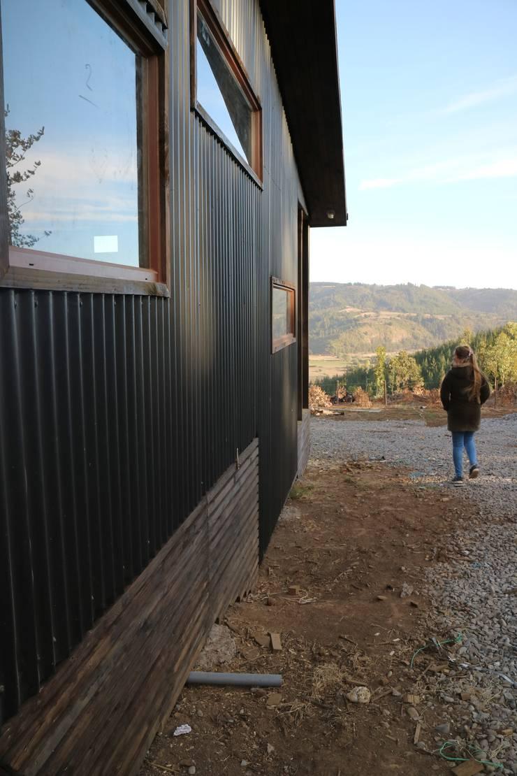 Casa Las Yuntas de Buchupureo : Casas de campo de estilo  por MMS Arquitectos,