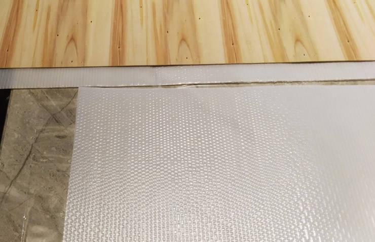 地坪\地板保護:  地板 by 大吉利室內裝修設計工程有限公司,