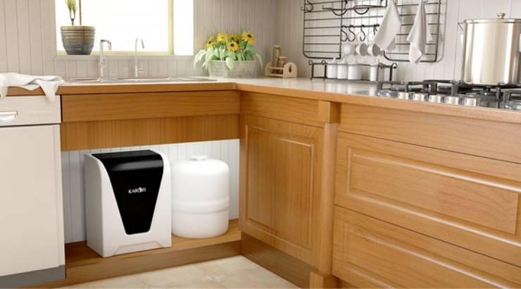 Kết hợp tủ bếp với máy lọc nước karofi:  Kitchen by ĐIỆN MÁY SAKURA,