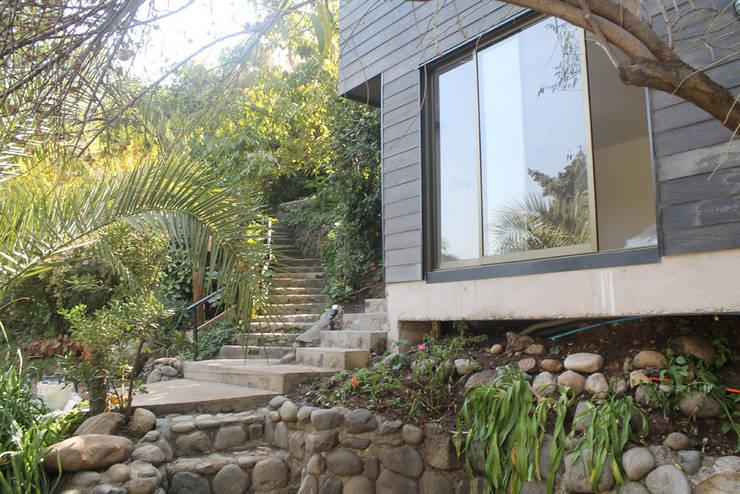 TERRAZA PIEDRA: Casas unifamiliares de estilo  por Vetas Sur, Rural Concreto