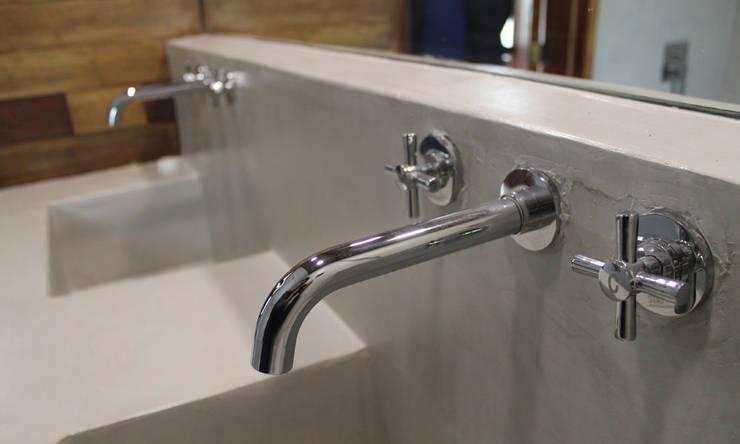Phòng tắm theo Vetas Sur, Tối giản Bê tông