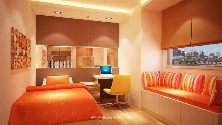 Small Bed Room: Kamar tidur kecil oleh ADEA Studio,