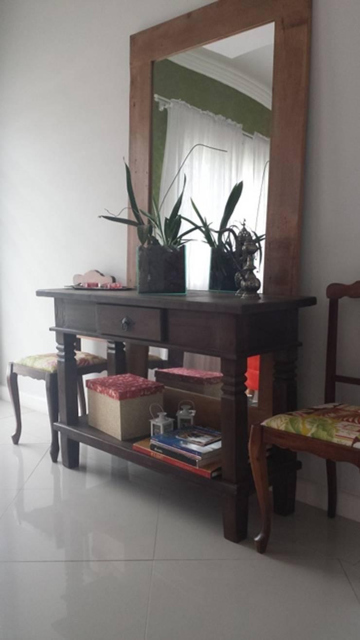 de estilo  por AnnitaBunita.com, Rústico Madera maciza Multicolor