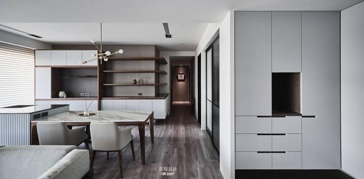 Taipei-L宅:  客廳 by 鉅程空間設計, 現代風