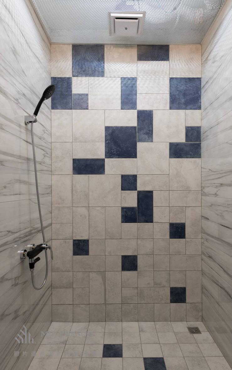 燭光  Candlelight:  浴室 by 肯星室內設計, 現代風