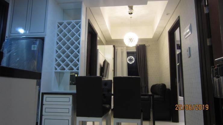 Apartemen Puri Mansion type Lock Off (2+1): Ruang Makan oleh HeXa,