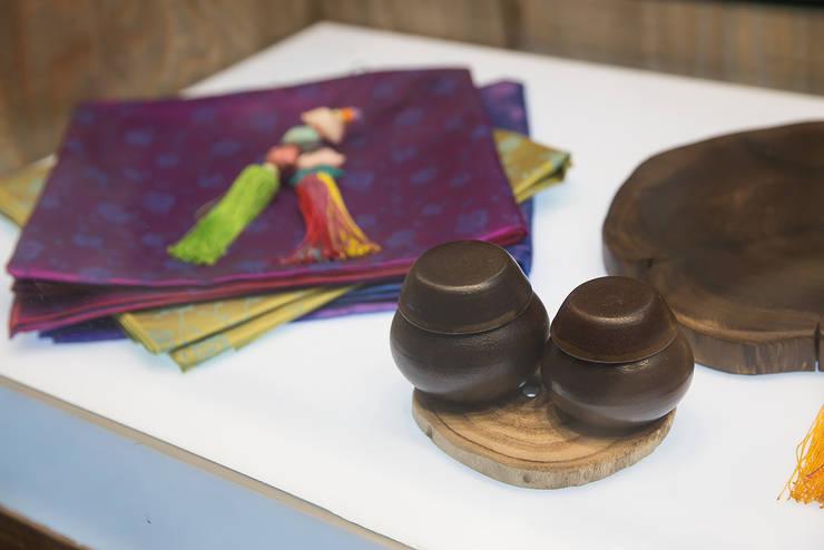 ㅤㅤ: 므나 디자인 스튜디오의  상업 공간,클래식