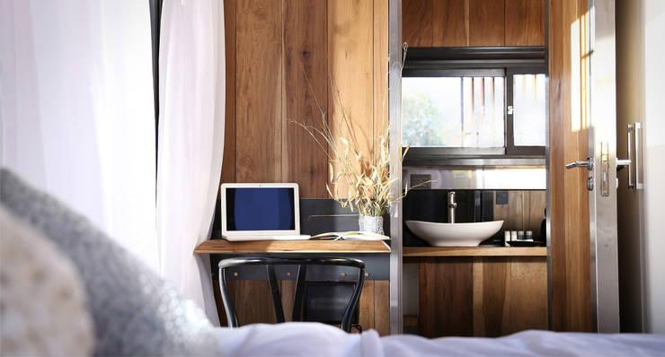 Hotels von T + T arquitectos, Modern