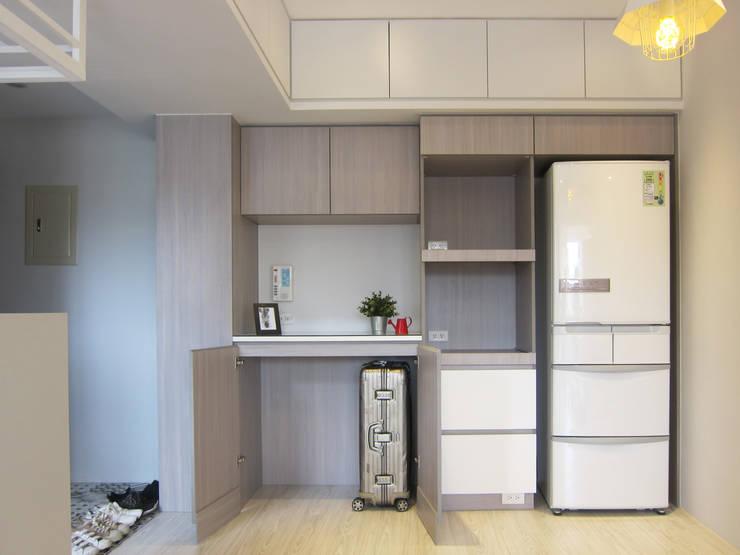 全室案例-台北市內湖區:  餐廳 by ISQ 質の木系統家具,