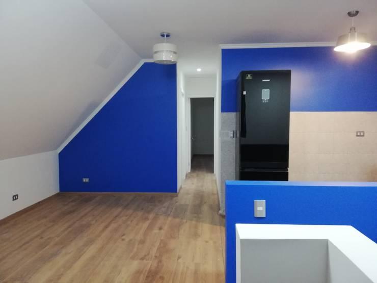 Interior pintado, piso flotante 10mm y buenas terminaciones.-: Comedores de estilo  por ARQUIMOB E.I.R.L,