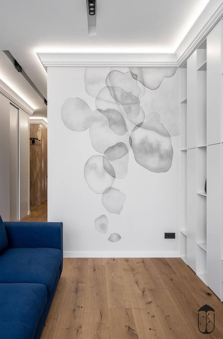 Salas / recibidores de estilo  por U-Style design studio, Ecléctico