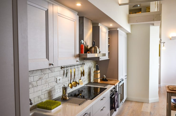 Built-in kitchens by Studio ARCH+D, Modern