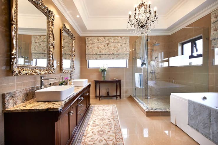 European Influence Villa:  Bathroom by Da Rocha Interiors, Mediterranean