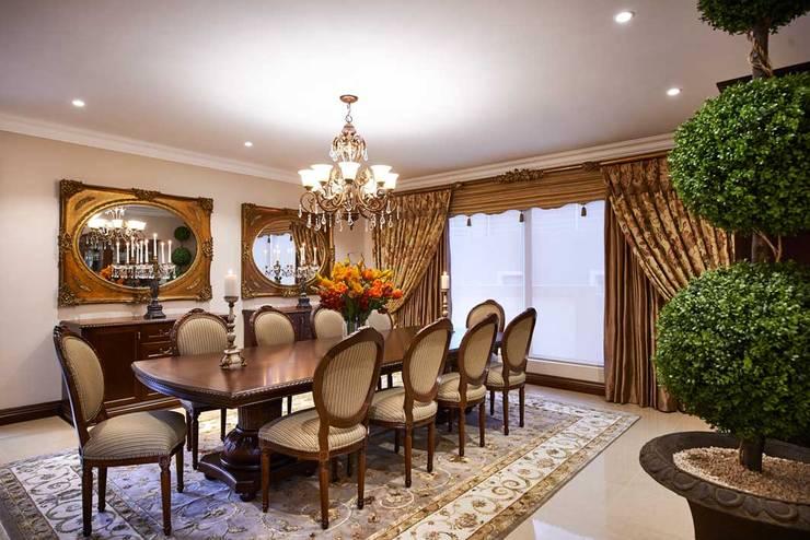 European Influence Villa:  Dining room by Da Rocha Interiors, Mediterranean