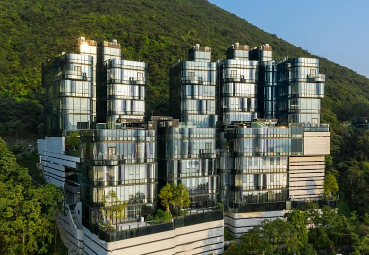 Aedas embraces beauty of Repulse Bay with the design of Pulsa:  Multi-Family house by Architecture by Aedas, Classic Metal