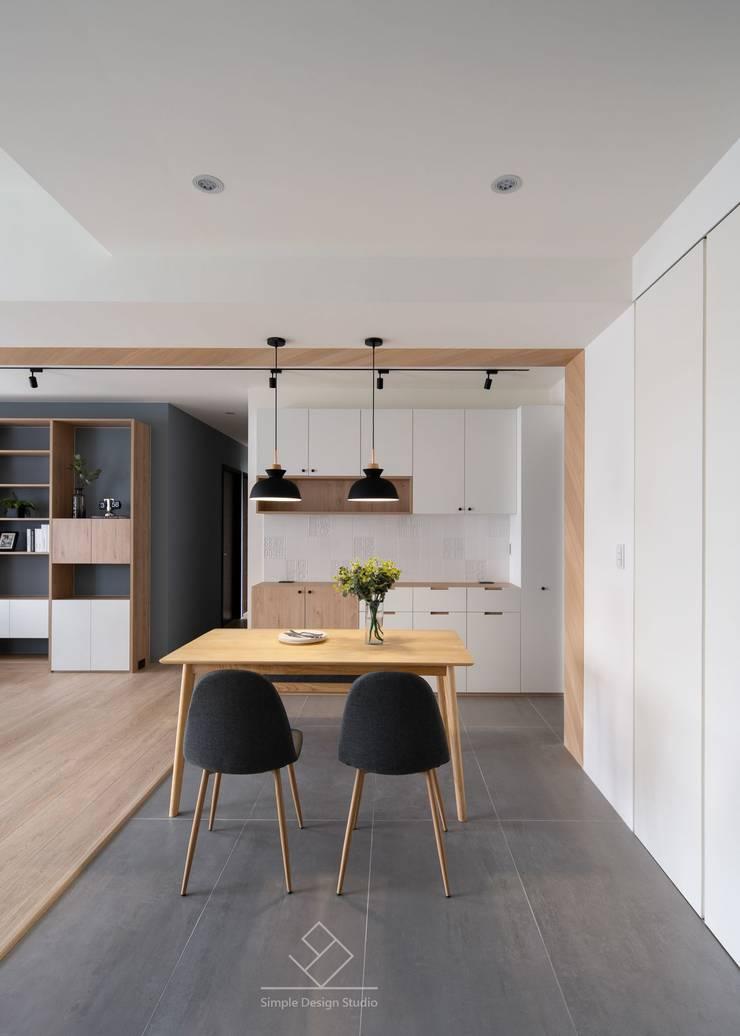 灰色地磚:  餐廳 by 極簡室內設計 Simple Design Studio, 北歐風