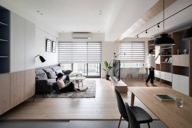 客廳:  客廳 by 極簡室內設計 Simple Design Studio, 北歐風