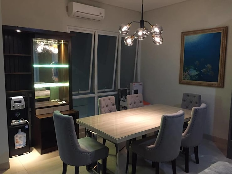 Furnish Build Dining Room:modern  oleh Maxx Details, Modern