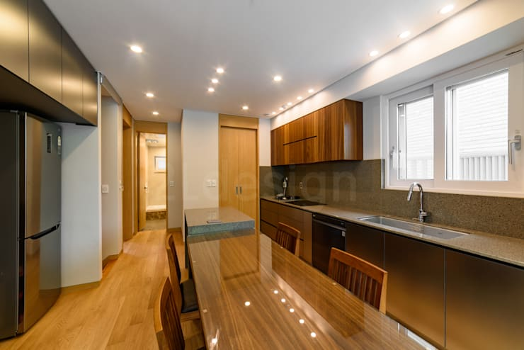 위례신도시 단독주택: 2LDESIGN [ 이엘디자인 ]의  다이닝 룸,모던