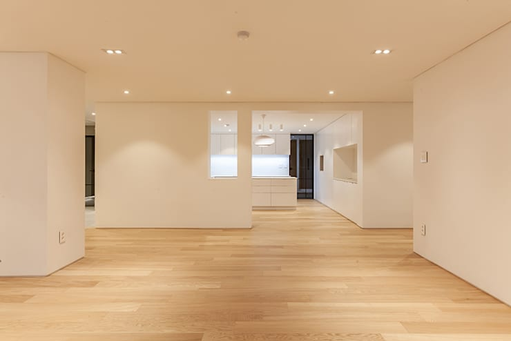 남양주시 덕소강변현대홈타운아파트 64평 인테리어 리모델링 - 거실: studio FOAM의  거실,모던