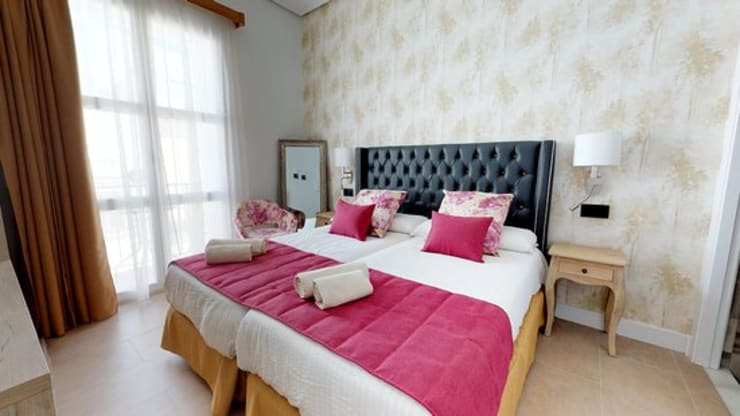 Hotel Gaya Eklektik Oleh VICTOR MONTERO DESIGN Eklektik