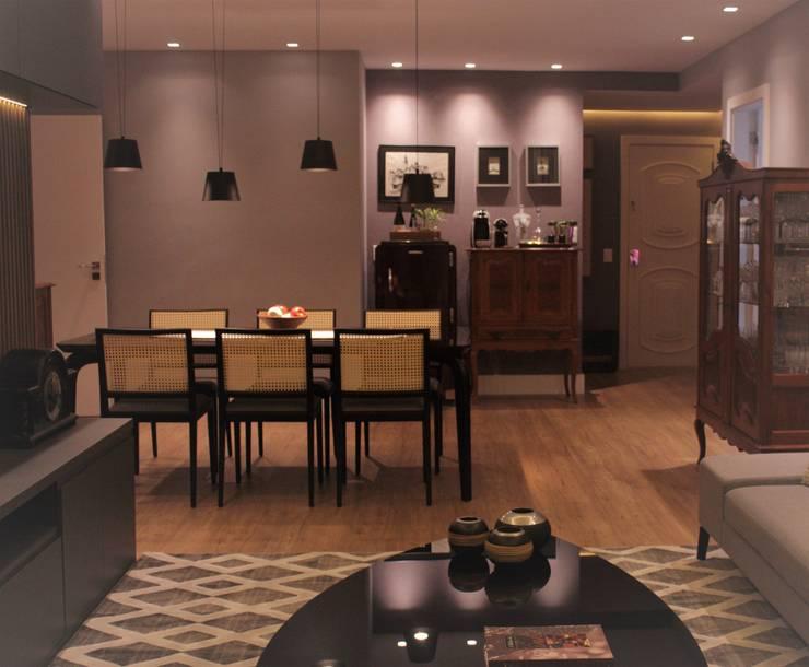 Ruang Makan Modern Oleh Bifásicos Interiores Modern