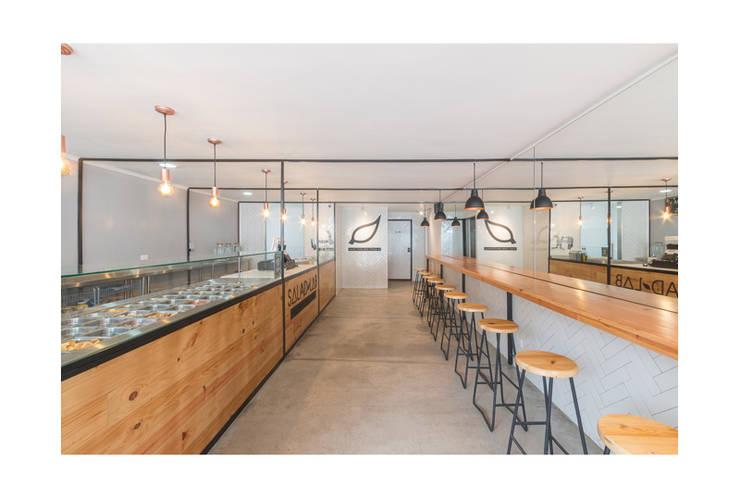 Salad Lab: Comedores de estilo  por AA Arquitectura y Paisaje, Escandinavo